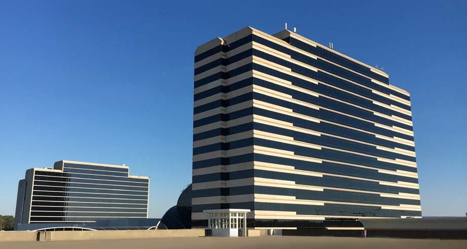 Offices at 3000 RiverChase m deck